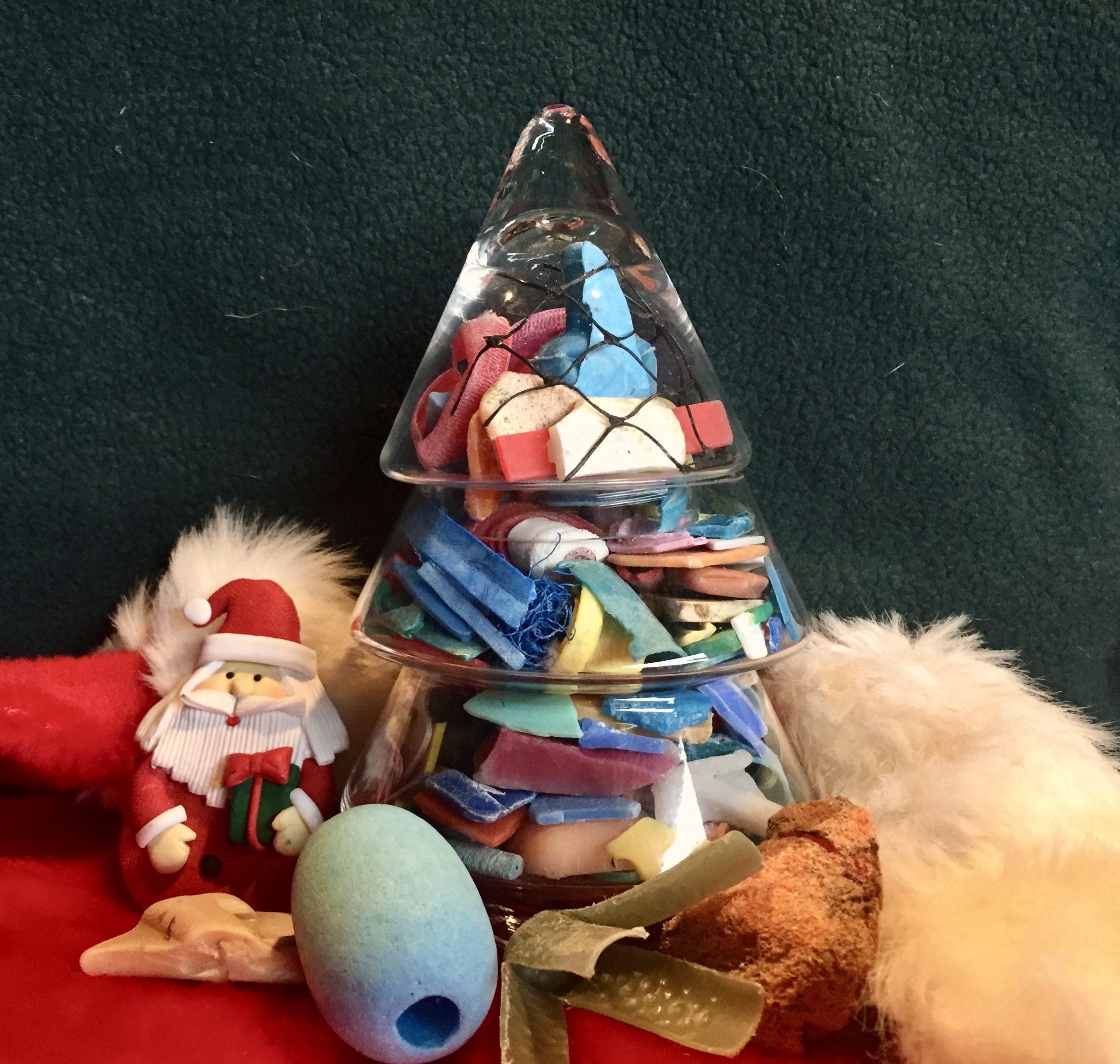 A Plastic-Free Christmas